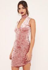 BNWT Missguided velours ras de cou robe taille 6 Moulante Rose Cou broyés Party Night