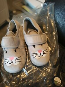 Grey mouse slippers new children