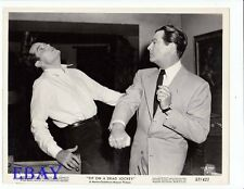 Robert Taylor punches Jack Lord VINTAGE Photo Tip On A Dead Jockey