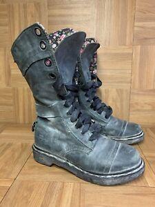 RARE🔥 Dr Martens Triumph Vintage Gray Leather Lace Boots Sz 8 Massai Flower LE