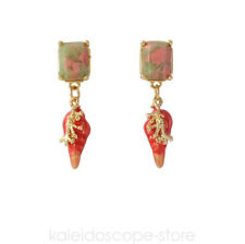 LES NEREIDES RED CONCH STUD EARRING