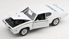 Spedizione LAMPO Pontiac GTO 1969 BIANCO/WHITE 1:24 Welly Modello Auto Nuovo & OVP