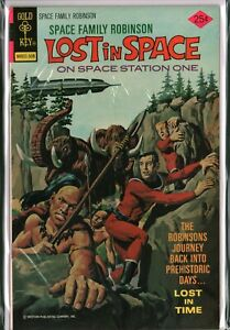 SPACE FAMILY ROBINSON #44 Lost In Space (1975) Gold Key VF/NM (9.0)