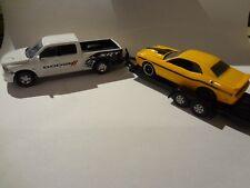 Greenlight 2014 Dodge Ram 1500 Sport towing 2014 Challenger Loose New Mint 1:64