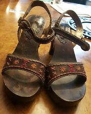 Somethin' else from Sketchers Sandals Size 9 Leather Upper