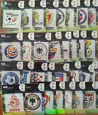 COMPLETE SET 32 BADGES ESCUDOS PANINI ADRENALYN XL Brazil Brasil World Cup 2014