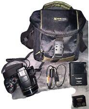 Panasonic Lumix DMC-FZ200 (25-600 mm Full Range F2.8 Lens) bundle