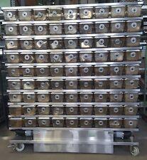 fahrbare Zuchtboxen Anlage mit 162 Boxen und Lüftungssystem Zuchtkäfige