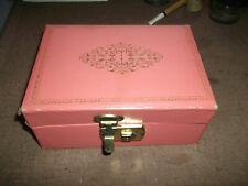 COLLECTIBLE VINTAGE JEWELRY BOX
