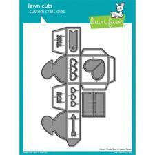Lawn Fawn Cuts Heart Treat Box LF1825