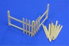 RB Model 35D04 1/35 Clôture en bois - Wooden palings (corner)