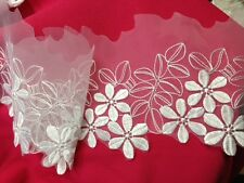 "2 Yards, Pretty Daisy Flower embroidery on White Organza, 6"" Inches"