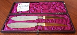 Pair of Victorian Horn-handled Knives Spreaders in Original Satin-lined Case