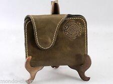 PORTE-MONNAIE  EN CUIR EPAIS ET SOUPLE, vert bronze, Mongolie, artisanat