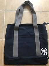 BRAND NEW NEW YORK YANKEES 2017 SEASON TICKET HOLDER TOTE DUFFLE BAG CARRY