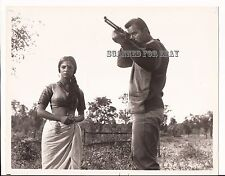 MAYA 1966 - Clint Walker and Sonia Sahni - Press Photo #1