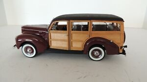 THE DANBURY MINT 1940 FORD DELUXE STATION WAGON LTD ED.