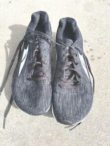 Altra Escalante Womens shoes Size 8 Black / White