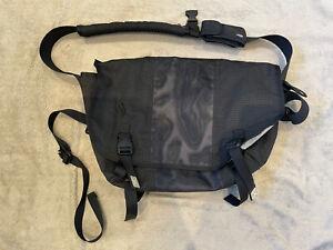 Timbukt2 Classic Messenger Bag - Large - Black With Light Reflective Panels