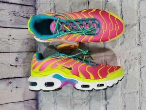 Nike Air Max Plus TN Volt Pink Blast Sneaker CW5840-700 GS SIZE 5.5Y WOMENS 7