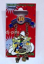 Dlr 10th Anniversary Decade of Magical Trades Artist Choice Le Disney Pin