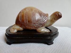 Statuette tortue en pierre JADE