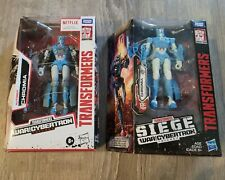 Lot of 2 Transformers Siege: War for Cybertron + Netflix Autobot Chromia  New