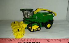 1/64 custom farm toy green color 8600 spfh chopper with tracks & forage head