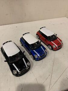 3 JADA DUB CITY 2007 MINI COOPER S 1:24 BLACK BLUE & RED