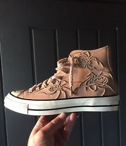 CONVERSE  DR WOO FRIENDS & FAMILY UNRELEASED