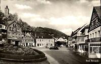 Bad Berneck Fichtelgebirge Postkarte 1955 Partie am Marktplatz Autos Fachwerk