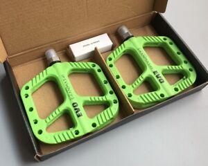 Nylon fiber MTB Road Bike Pedal DU + Bearing Bicycle Flat Platform Pedals Green