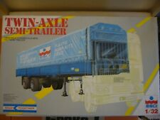 ESCI 1/32 304 Twin-Axle Semi Trailer  Neu im  Originalkarton