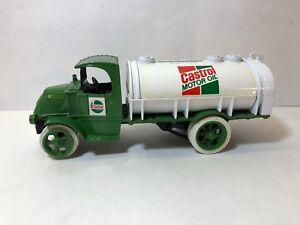Ertl Metal 1926 Mack Bulldog Castrol Motor Oil Delivery Truck Bank Semi
