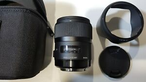 Sigma 35mm f/1.4 Lens + original accessories - for CANON