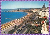 Cannes - la croisette et le Suquet