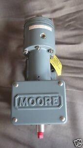 Moore Pneumatic Pressure Transmitter 173S  0-60 psi