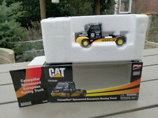 Norscot 55089 CAT Peterbilt Racing Truck Caterpillar, 1:50, S003 NEW OVP