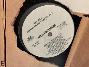 """THE JETS SPECIAL KINDA LOVE 12"""" 1990  MCA L33-1157 DJ PROMO"""