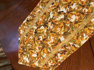 Handcrafted-Quilted Table Runner - Oak Leaves in Vibrant Autumn Colors