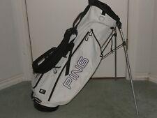 Ladies White Ping Hoofer E2 4 Way 6 Pockets Dual Strap Golf Stand Bag