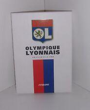 Olympique Lyonn .Un club à la Une ( 20 Unes de l'Equipe )  Z009
