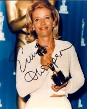 EMMA THOMPSON AUTOGRAPHED SIGNED 8X10 GRASPING THE OSCAR WITH COA