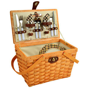 Frisco Traditional American Style Picnic Basket w/ Service for 2 - London Plaid