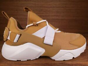 Nike Air Huarache City Low Elemental Tennis Shoes Womens Sz 11  Gold White