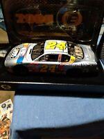 1/24 JEFF GORDON #24 DUPONT / NASCAR 2000 ELITE ACTION NASCAR DIECAST