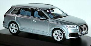 Audi Q7 SUV 2015-19 Type: 4M Florett Silver Metallic 1:43 Spark