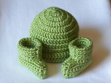 OBE Crocheted 0-3 Months Beanie Hat and Booties Set Pistachio Color