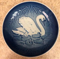"""Vintage Bing & Grondahl 1976 Swan Mothers day plate 5.75"""" Inc Shipping"""