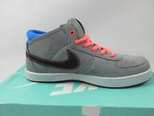 NIKE SB MAVRK MID 3 (GS) TRAINERS - SIZE 3.5 - GREY/ BLUE / PINK - ONLY £29.99